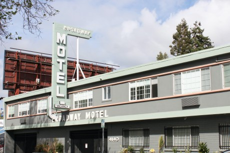 Broadway Motel - Exterior View